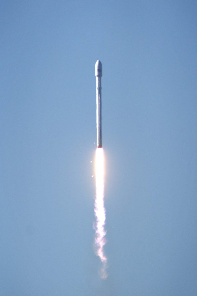 rocket-launch-space-discovery